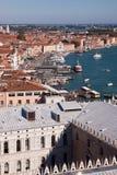 屋顶在威尼斯,意大利 免版税库存照片
