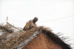 屋顶在村庄 免版税库存照片