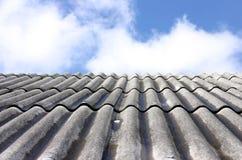 屋顶天空 免版税库存照片