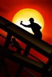 屋顶工作者 库存图片