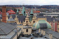 屋顶市政房子看法在布拉格 免版税库存图片