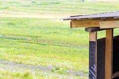 屋顶建筑细节一个新房的 木板fra 库存图片