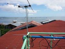 屋顶电视天线 库存图片