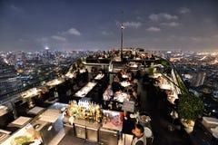 屋顶的餐馆,曼谷 库存照片