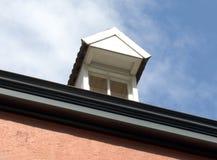 屋顶窗 免版税图库摄影