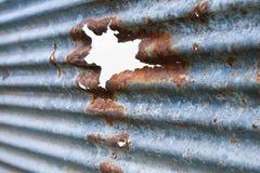 屋顶腐烂的锌 库存照片
