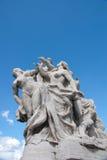 屋顶雕塑 免版税库存照片