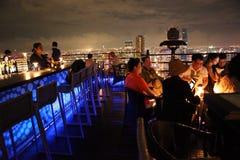 屋顶顶面酒吧曼谷 免版税库存照片
