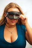 屏蔽的性感的女孩 免版税库存图片