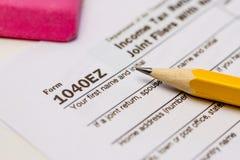 屑子税和报税表 库存图片