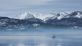 展示和雪Montains 免版税库存照片