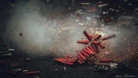 屠妖节烟花破裂在行动的Bijli 免版税库存图片