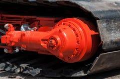履带牵引装置跟踪水力马达 免版税库存照片
