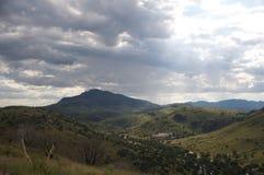 山、天空和秀丽 库存照片