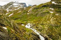 山从Trollstigen观点,挪威看法  免版税库存照片