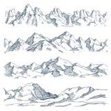 山使板刻环境美化 葡萄酒手拉的剪影远足或上升在山 自然高地导航 向量例证