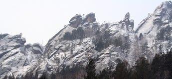 山储备克拉斯诺亚尔斯克柱子 免版税库存照片