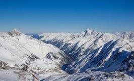 山全景在Stubai阿尔卑斯 免版税图库摄影