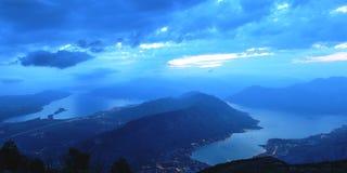 黑山全景夜视图 免版税图库摄影