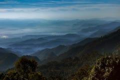 山分层堆积doi ang khang场面多数普遍的冬天trave 库存图片
