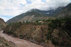 山和河 库存图片