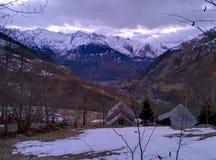山在冬天 库存照片