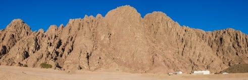 山在沙漠在埃及在沙漠环境美化在埃及 库存照片
