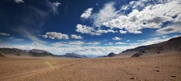 山在蒙古 免版税图库摄影