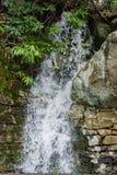 山在Goshen通行证- 2的下雨天瀑布 免版税库存图片