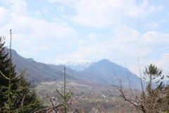 山在Moeciu 免版税库存图片