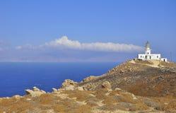山坡灯塔孤立最近的海运 图库摄影