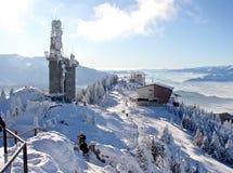 山多雪的顶层 库存照片