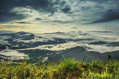山大石头美丽的景色和地标在土井pha的晒黑 免版税库存图片