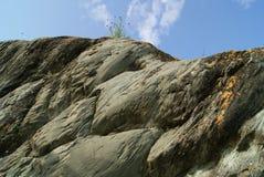山天空石头视图 免版税库存图片