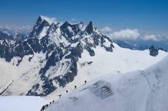 登山家在法国阿尔卑斯 免版税图库摄影