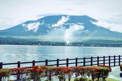 山富士和湖 免版税库存照片