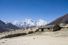 山小屋在尼泊尔 图库摄影