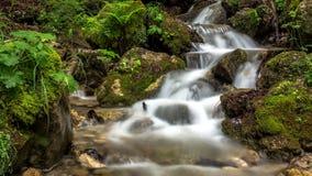 山小河瀑布 影视素材