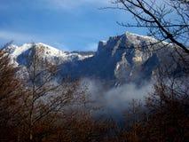 山峰在冬天 库存照片