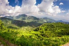 从山峰的地平线 库存图片