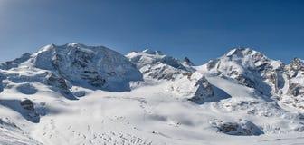 山帕卢和Bernina全景  免版税图库摄影