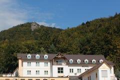 山旅馆在Raztocno,斯洛伐克 免版税库存照片