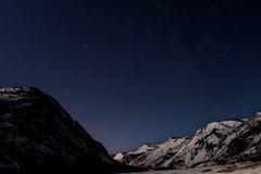 山星天空雪冬天 库存照片
