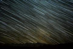 山星跟踪天空 库存照片