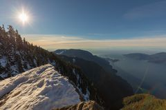 山景俯视的海洋和海岛温哥华,加拿大 库存图片