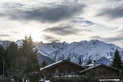 山村在瑞士阿尔卑斯 图库摄影
