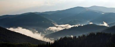 山横向 库存图片