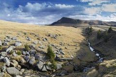 山河在秋天 免版税图库摄影