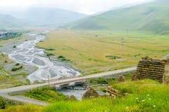 山河桥梁风景风景看法  免版税库存照片