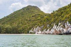 山海在Prachuab Kiri可汗 免版税库存照片